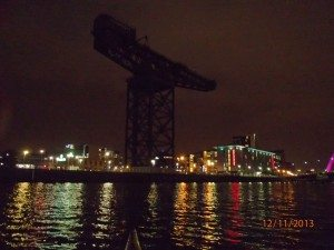 Night-time kayaking on the River Clyde, Glasgow