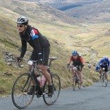 Cycling a sportive. Pic Credit: Paul Dobson on Flickr Creative Commons.