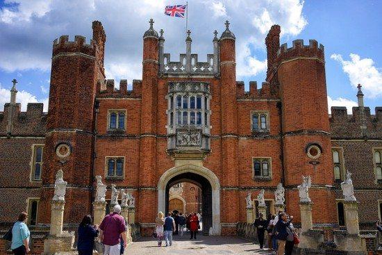 Hampton Court. Pic credit: Paul Hudson on Flickr