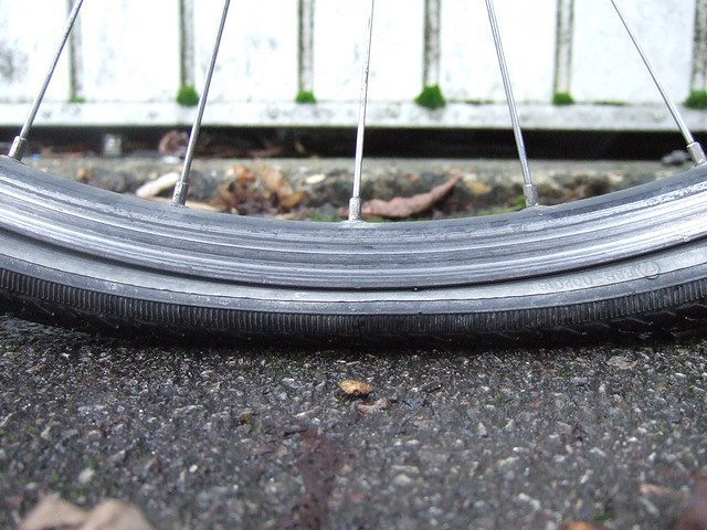 Tyre going down. Pic credit: John Spooner on Flickr