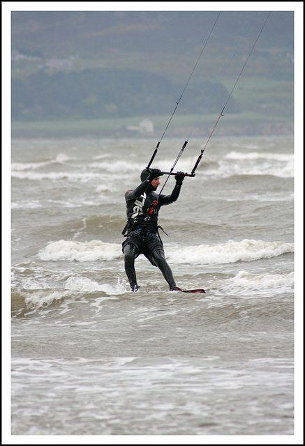 Kitesurfing at Pic credit: Eoin Gardiner