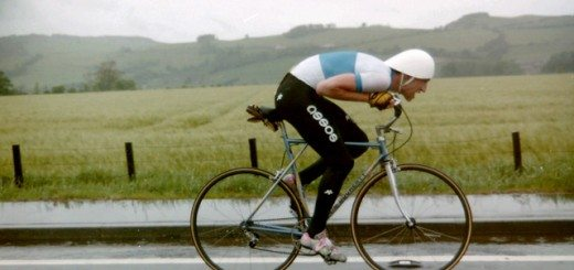 Obree in the colours of Glasgow Wheelers Cycling Club, on the way to winning the 1991 Scottish 25 Miles Time Trial Championship in a then Scottish competition record time of 49 minutes and 48 seconds. Pic credit: Thomas Nugent.