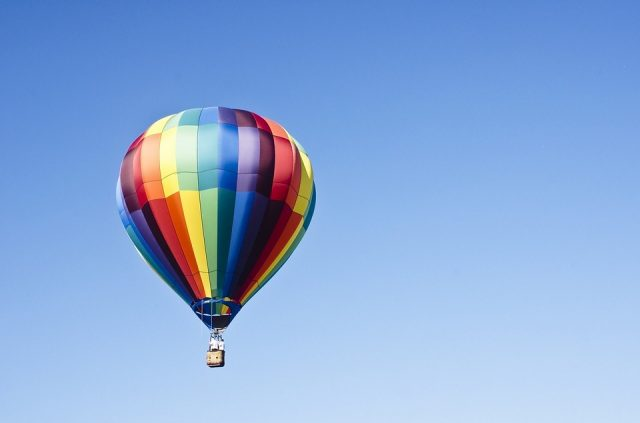 hot-air-balloon-1100841_960_720
