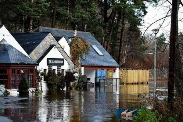 Under water - Old Bridge Inn - 6th December 2015