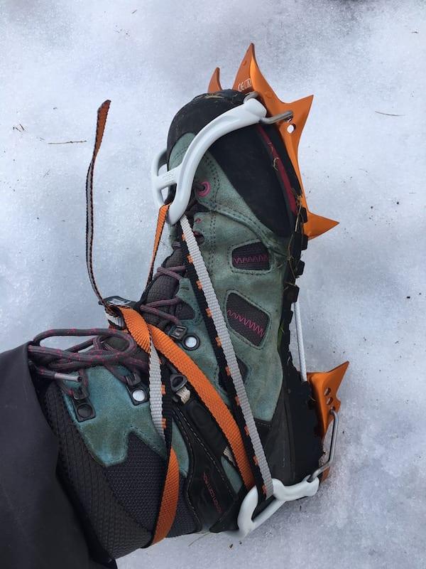 Ultra-light crampon with FLEXLOCK binding PETZL LEOPARD FL for snow approache