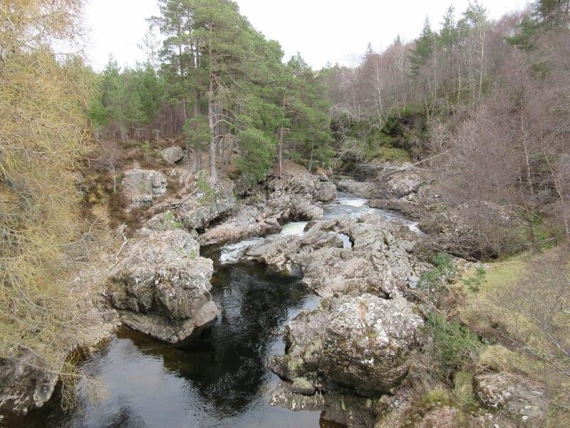 truim falls